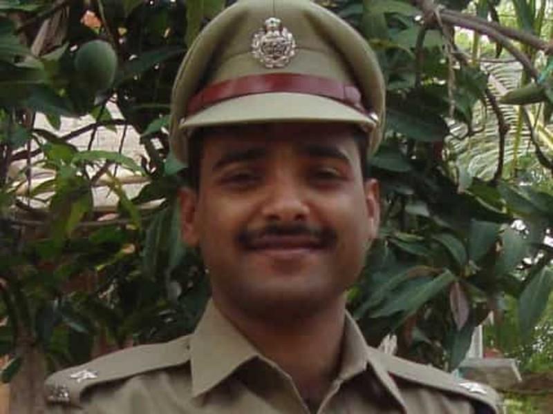Indrajeet Mahatha IPS Struggle Story