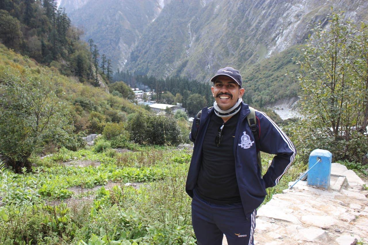 Deshal Dan Ratnu IAS Story